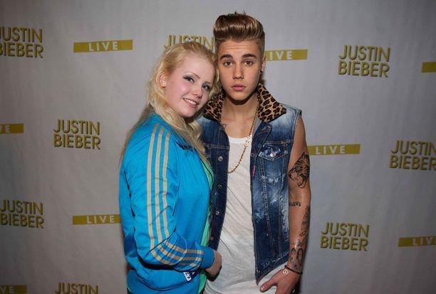 Pinja Pitkänen pääsi tapaamaan eilen Justin Bieberin, mutta valokuvauksen jälkeen tilanne oli ohi saman tien.