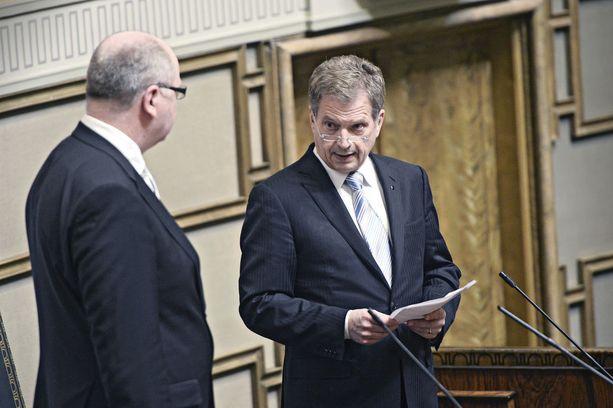 Helmikuu 2013: valtiopäivien avajaisissa eduskunnan puhemies Eero Heinäluoma ja presidentti Sauli Niinistö.