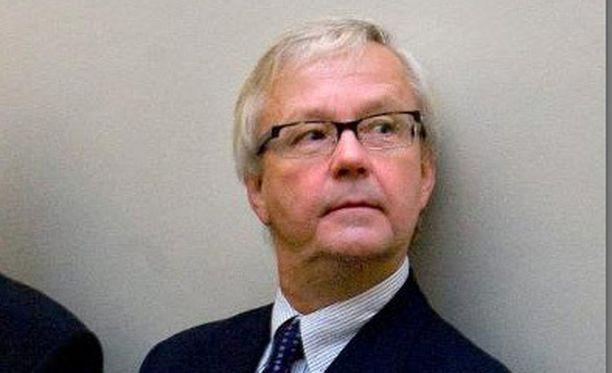 Olli Mäenpää esitteli raporttiaan Ylen hallitukselle maanantaiaamuna kello 9 alkaneessa kokouksessa.