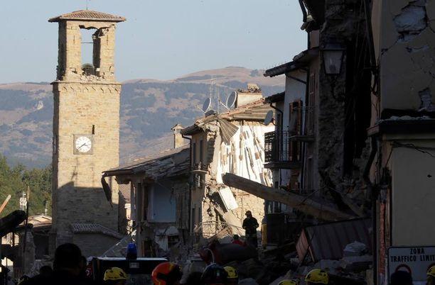 Amatricen kaupunki on yksi keskiviikon järistyksen pahimmin runtelemia alueita.