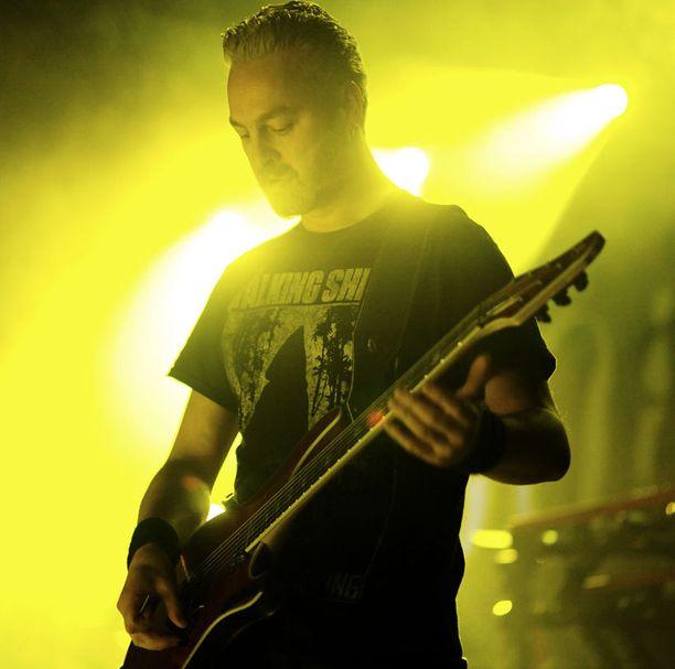 Leadkitaristi, Sylvain Coudret, on soittanut kokoonpanossa vuodesta 2008.