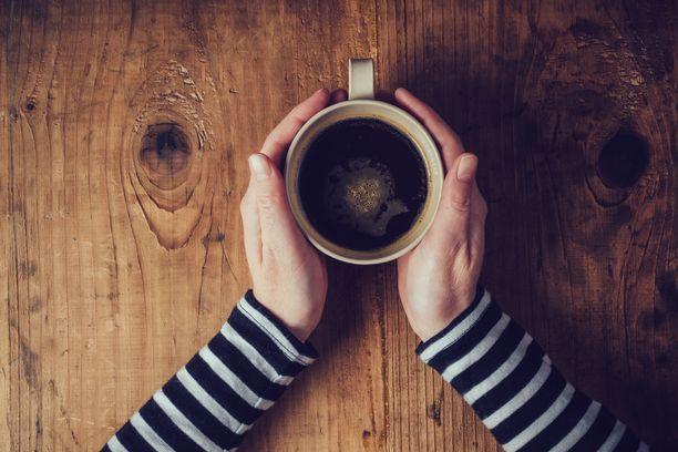 Kahvilla ei olekaan niin suurta vaikutusta uneen kuin on luultu, väittää uusi tutkimus.