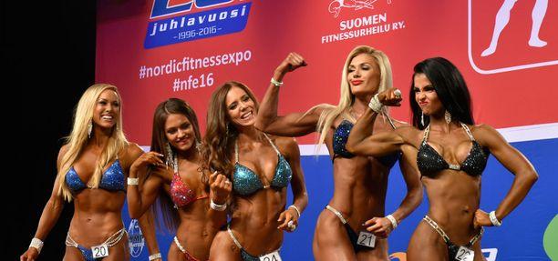 Sara Back (vas.) ja Jaana Malytcheva (oik.) vakuuttivat, ettei suomalaiskaksikko kilpailee keskenään.