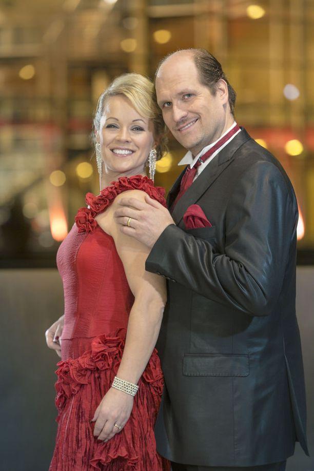 Pakarinen ja Mika Pohjonen ehtivät olla lähes 20 vuotta yhdessä ennen eroaan.