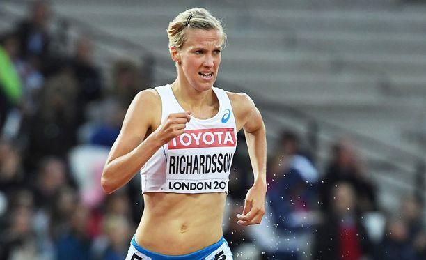 Camilla Richardsson siirtyy Jukka Keskisalon valmennukseen.
