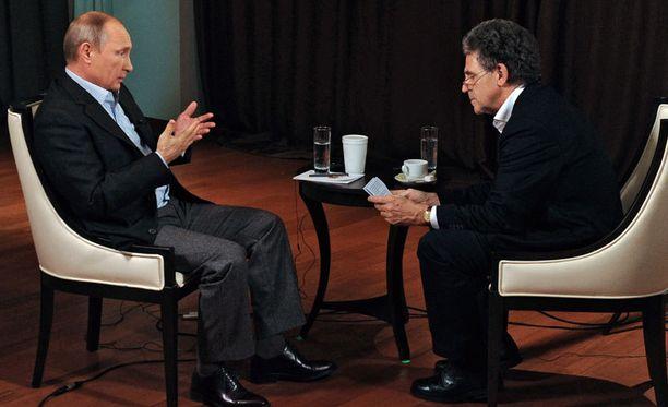 Saksalaisen yleisradiokanavan haastattelussa Putin kertoi suhteistaan länteen ja Ukrainaan. Haastattelijana toimi Hubert Seipel.