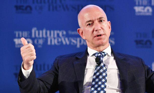 Jeff Bezos perusti verkkokauppayhtiö Amazonin vuonna 1994.
