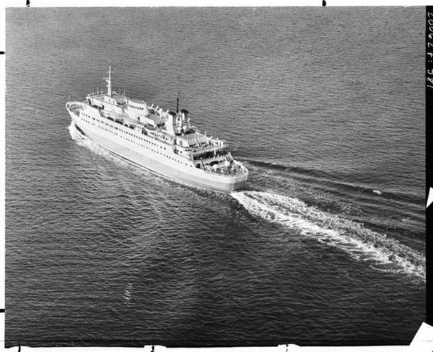 M/S Fennia oli aikoinaan edistyksellinen laiva: siltä löytyi Itämeren ensimmäinen itsepalvelumyymälä.