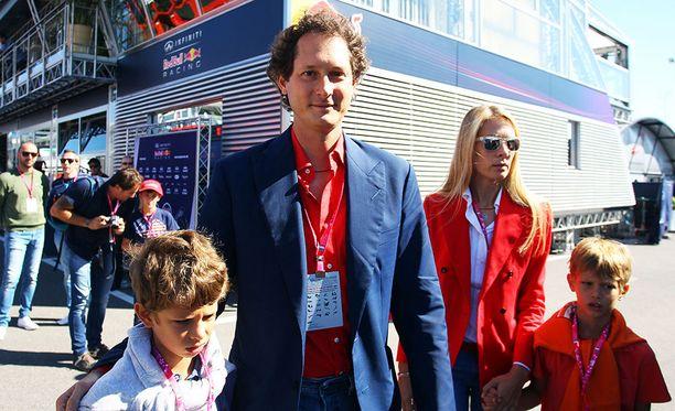 John Elkann toi perheensäkin Monzan osakilpailuun vuonna 2015.