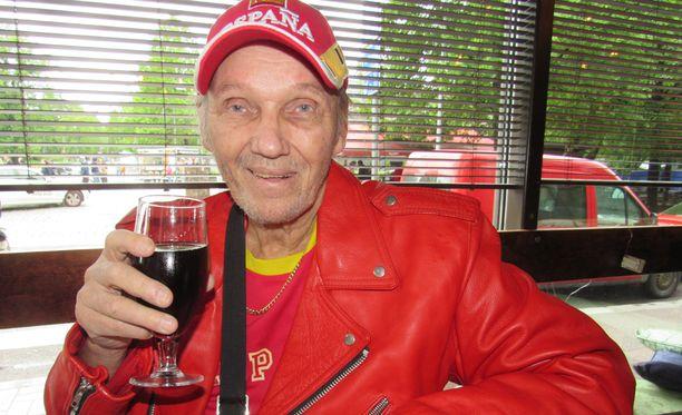 Koronaviruksen leviäminen Kanariansaarilla huolettaa kuolemansairasta Jorma Kalevia.
