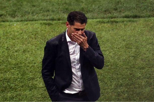 Fernando Hierro lähtee Espanjan maajoukkueesta.