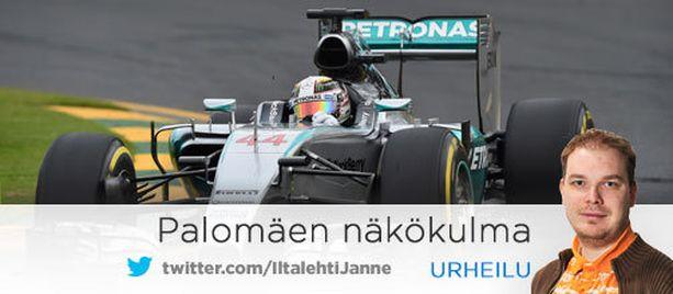 Mercedes dominoi F1-sarjaa.