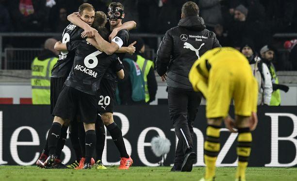Stuttgart juhli 2-1-voittoa Dortmundista.