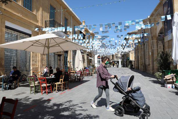 Noin miljoonan asukkaan Kypros on taas koronasulussa. Kuva pääkaupungista Nikosiasta maaliskuulta.