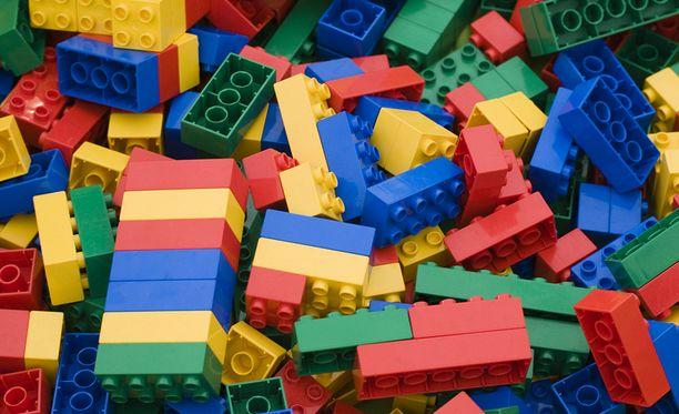Vuonna 2017 tehtiin liikaa palikoita ja ne jäivät suurelta osin varastoon, kertoo Lego-yhtiö.