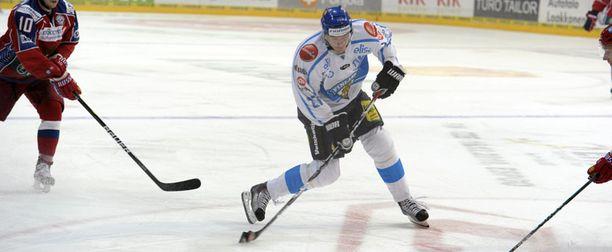 Suomi lähtee kuittamaan Venäjä-tappiota lauantai-illan ottelussa Tshekkiä vastaan.