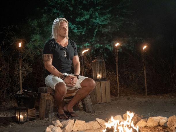 Sami Kuronen on katsojille tuttu näky iltanuotiolla.