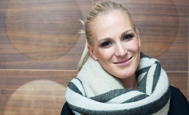Nanna Karalahti kertoi keskiviikkona avioerosta.