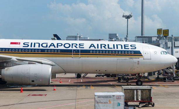 Vaaratilanteeseen joutunut matkustajakone oli matkalla Singaporesta Shanghaihin. Kuvan kone ei liity tapaukseen.