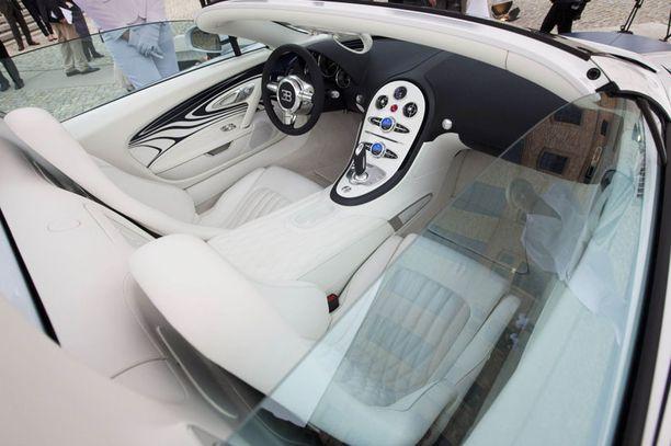 Penkkien pehmusteet takaavat, että Bugattissa on mukavampi istua kuin posliinipytyllä.