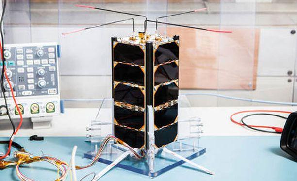 Aalto-2 on ensimmäinen Suomessa rakennettu satelliitti avaruudessa.
