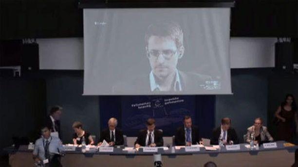 Edward Snowden puhui Euroopan Neuvoston kokouksessa videopuhelun välityksellä.