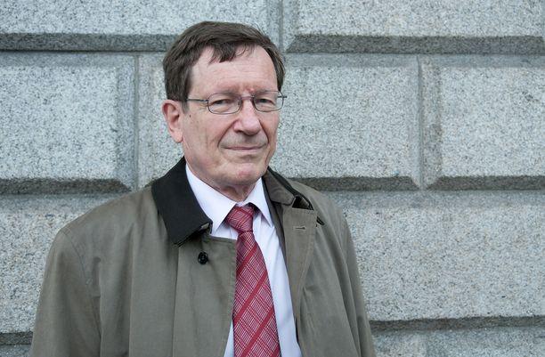 Valtiovarainministeriön entinen rahoitusmarkkinaosaston ylijohtaja Peter Nyberg. Arkistokuva vuodelta 2011, jolloin Irlannin hallitus palkkasi Nybergin selvittämään maan pankkitilannetta.
