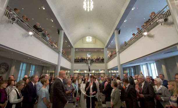 Tila palasi takaisin kirkoksi toukokuussa. Remonttiin käytettiin noin 3 miljoonaa euroa.