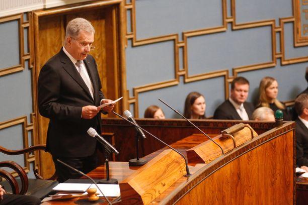 Tasavallan presidentti Sauli Niinistö piti puheen Suomen hallitusmuodon 100-vuotisjuhlassa.