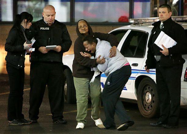 Äiti Toni Martin murtui kuultuaan poikansa kuolemasta.