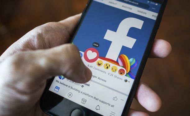 Facebookissa on mahdollista asettaa kavereita etusijalle.