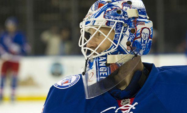Antti Raannan New York -henkinen maski vaihtunee ensi kaudella johonkin muuhun teemaan.