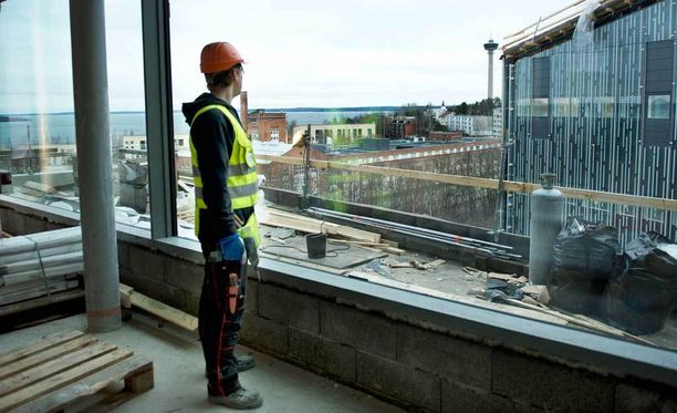 Turvapaikanhakijoista toivotaan työvoimaa tulevaisuudessa rakennusalalle.