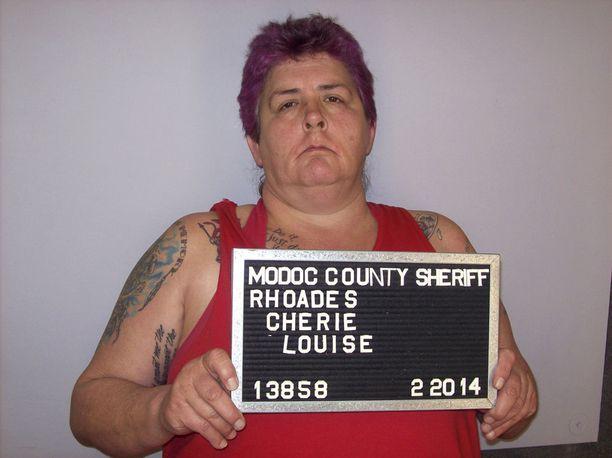Cherie Louise Rhoades tuomittiin vuosi sitten kuolemaan murhattuaan Kaliforniassa neljä ihmistä ja haavoitettuaan kahta vuonna 2014. Osavaltiossa ei ole teloitettu ketään sitten vuoden 2006.