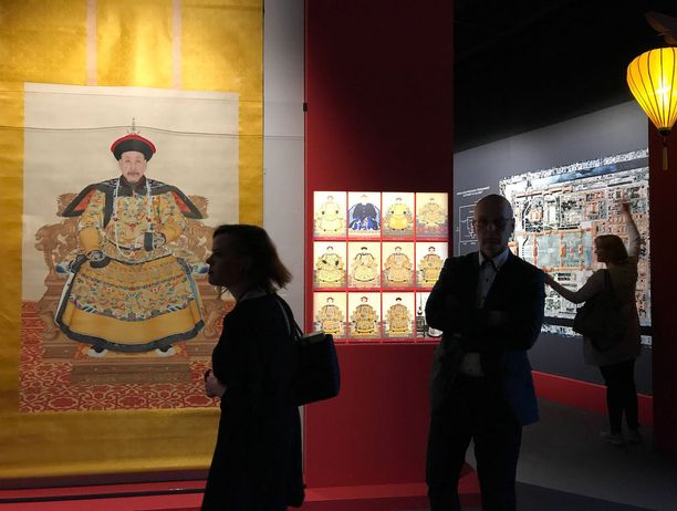 Vapriikin näyttely keskittyy varsinkin Qing-dynastian aikaiseen palatsielämään.