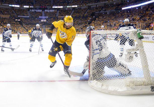 Scott Hartnell päätti NHL-uransa Nashville Predatorsin paidassa, jossa kaikki alkoi vuosituhannen vaihteessa.