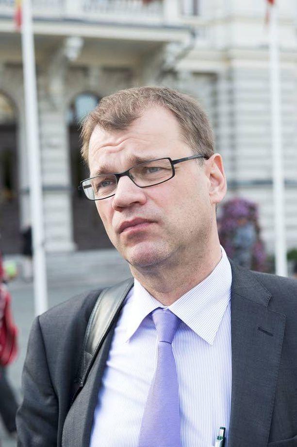 Juha Sipilän pitäisi saada ensin keskustan malli yhtenäiseksi ja selkeäksi ennen kuin hallituksen mallia pystyy haastamaan.