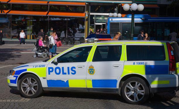 Ruotsissa on alueita, joilla poliisin on lähes mahdotonta suoriutua sille annetusta tehtävästä.