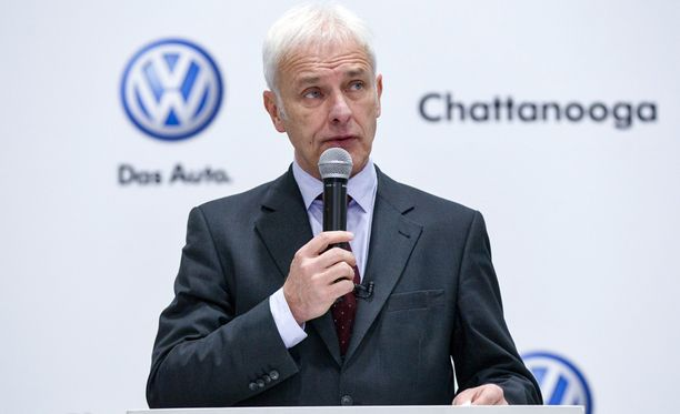 Volkswagenin toimitusjohtaja Matthias Mueller puhui yhtiön työntekijöille 14. tammikuuta.
