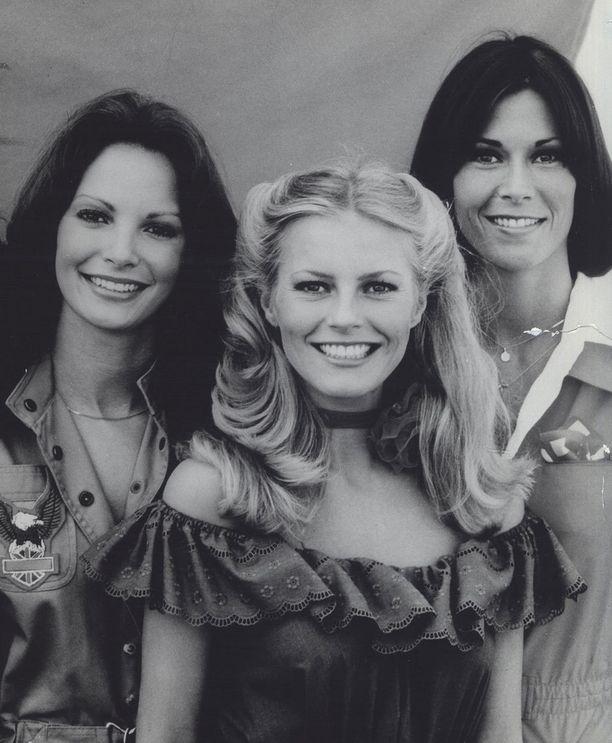 Cheryl Ladd (keskellä) liittyi Jaclyn Smithin ja Kate Jacksonin koplaan vuonna 1977.