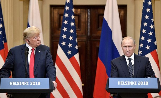 Trump ja Putin pitivät yhteisen tiedotustilaisuuden Presidentinlinnassa tapaamisen päätyttyä.