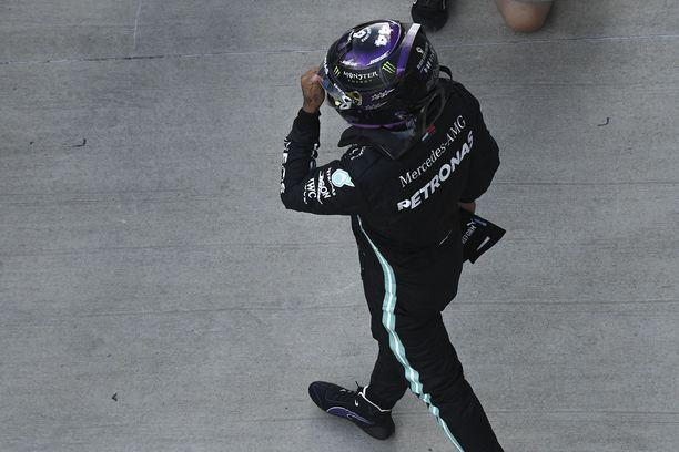 Lewis Hamilton oli Venäjän GP:n aika-ajojen ykkönen.