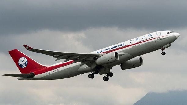 Sichuan Airlinesin Airbus A330-200 kuvituskuvassa.