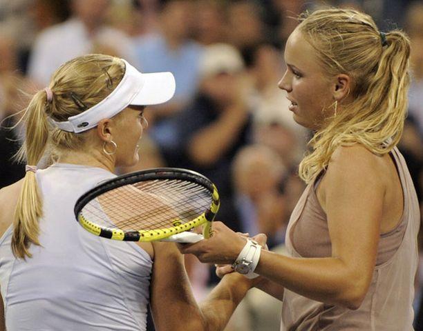 Caroline Wozniacki (oik.) päätti Melanie Oudinin taipaileen US Openissa.
