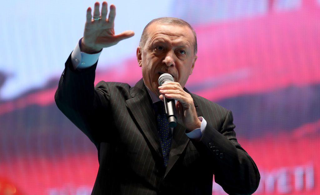 Turkin kaksi vuotta kestänyt poikkeustila päättyi viime yönä - Erdogan pyrkinee vahvistamaan itsevaltiuttaan entisestään