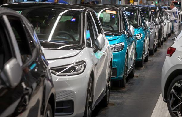 Menestys. Sähköautojen ensirekisteröinnit ylsivät syyskuussa hurjaan kasvuun Norjassa.