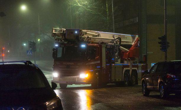 Kotkassa sumun ja ruuanlaiton aiheuttaman savun yhteisvaikutelma toi paikalle kahdeksan pelastuslaitoksen yksikköä.