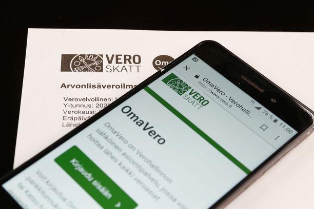 Verohallinnon sähköinen asiointipalvelu OmaVero kaatui tiistai-iltana, jolloin oli veroilmoituksen viimeinen määräpäivä.