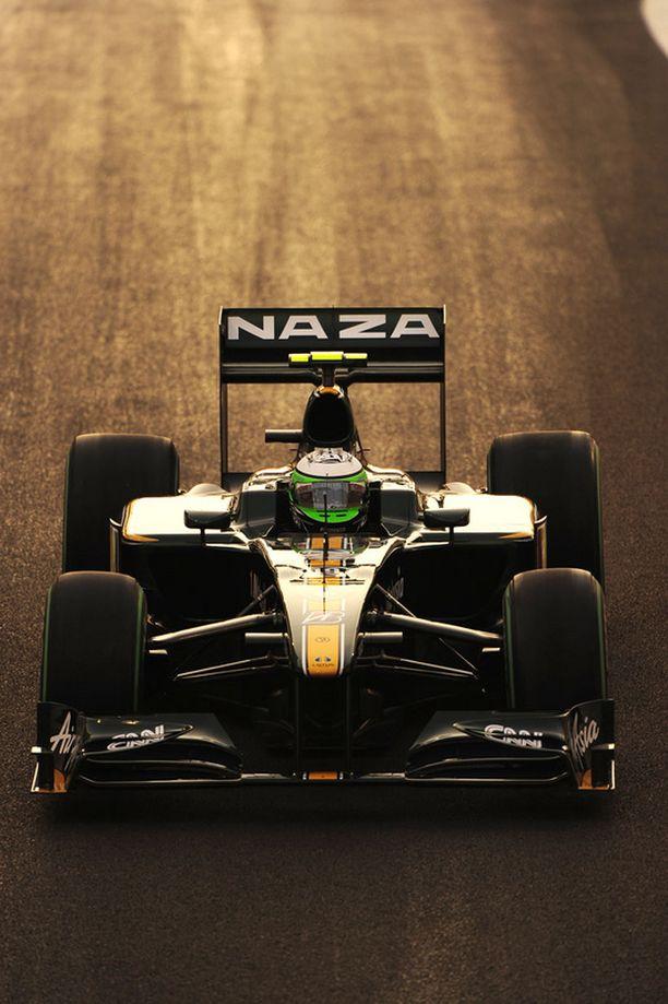 Heikki Kovalainen pyrkii varmistamaan sunnuntaisessa kisassa tallikaverinsa Jarno Trullin kanssa, että Lotus päättäisi kauden sarjan parhaana uuten tallina.