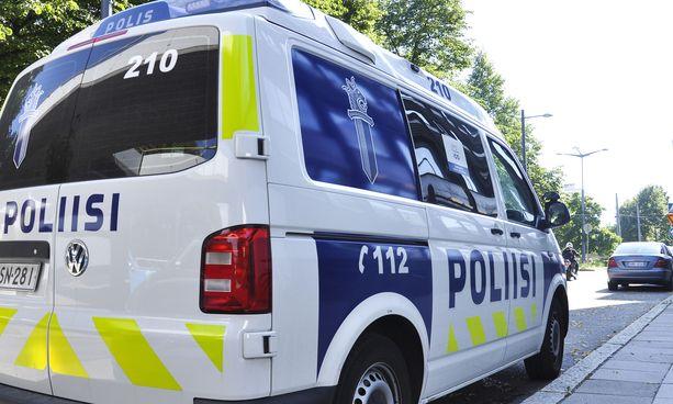 Poliisi tutkii henkirikosta Turussa. Kuvituskuva.